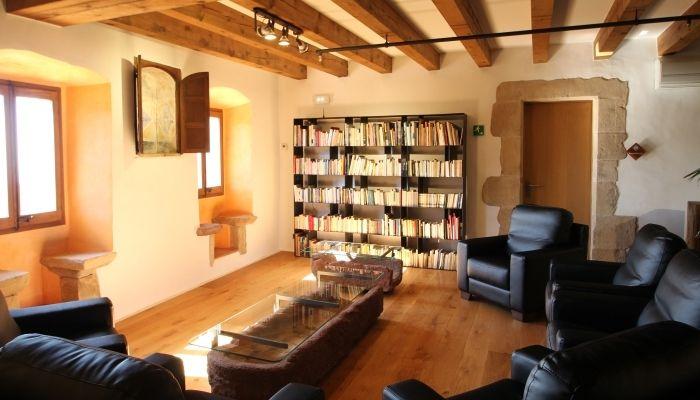 Salas para seminarios en el montseny hotel can cuch for Sala de estar de un hotel